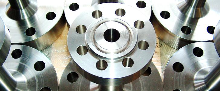 Meccanica Padana azienda specializzata in produzione e spedizione di acciai di tutti i gradi per impianti petrolchimici.